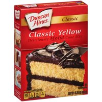 (2 pack) Duncan Hines Classic Yellow Deliciously Moist Cake Mix, 15.25 oz
