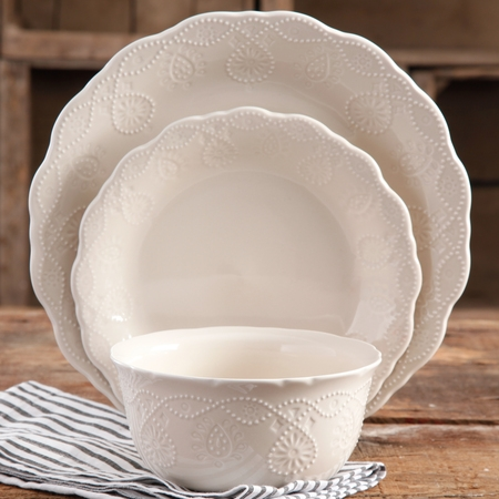 The Pioneer Woman Lace 12-Piece Dinnerware Set, Walmart - Venetian Lace Fine Dinnerware