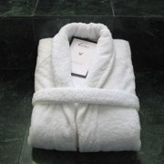 5f1117585a Luxor Linens 5th Avenue Bath Robe