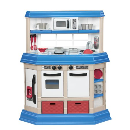 American Kitchen (American Plastic Toys Cookin' Kitchen with 22 accessories )