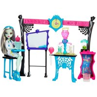 Monster High Skulltimate Science Class Playset W/ Doll