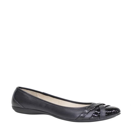 - Time and Tru Women's Buckle Toe Flat Shoe