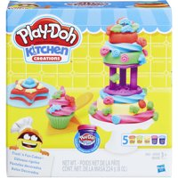 Play-Doh Kitchen Creations Frost 'N Fun Cakes Food Set with 5 Cans of Dough