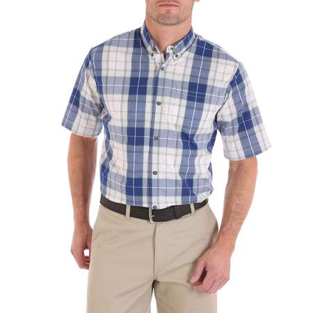 Wrangler Men's advanced comfort short sleeve casual button down (Bowler Button Down Shirt)