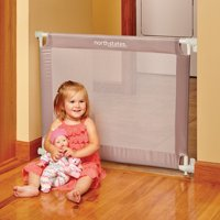"""North States Portable Traveler Baby Gate, 25.2""""-42.6"""" with Travel Bag"""