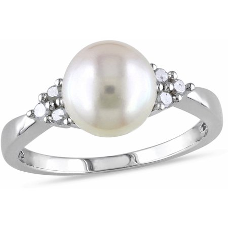Cultured Pearl Disc (8-8.5mm White Round Cultured Freshwater Pearl and 1/8 Carat T.W. Diamond Sterling Silver Cocktail Ring )