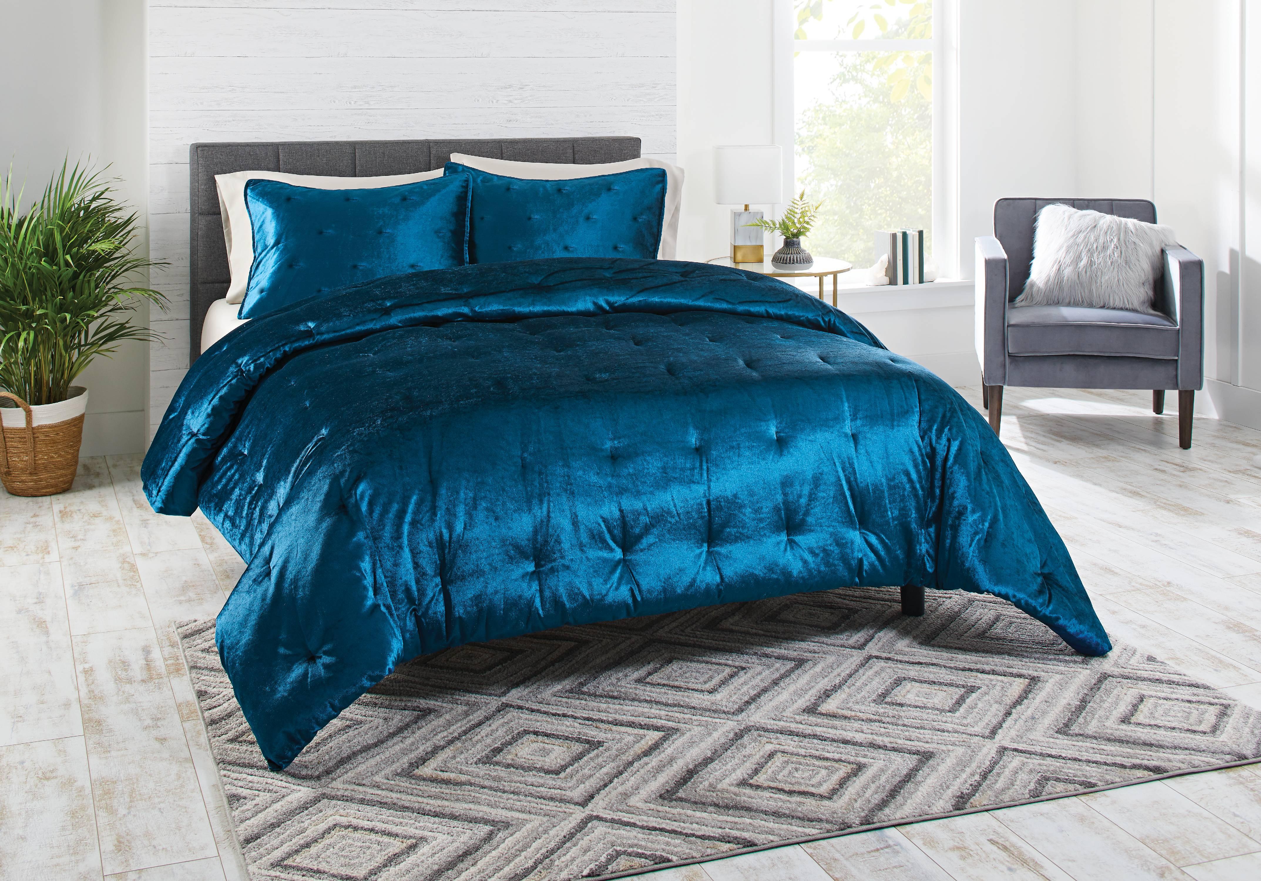 Better Homes & Gardens Full or Queen Velvet Pintuck Comforter Set, Blue