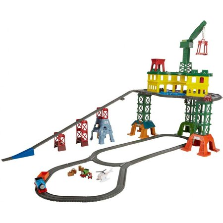 Thomas & Friends Super Station Railway Train Set (Best Toy Trains For 3 Year Olds)