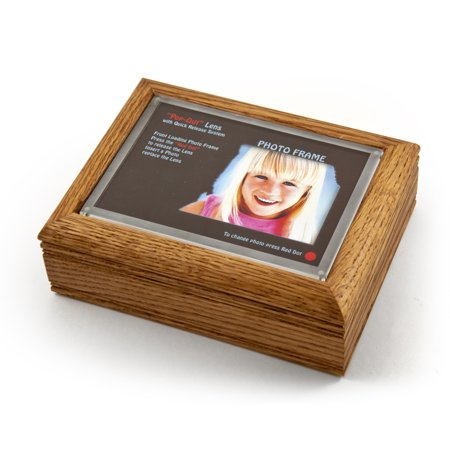 """4"""" X 6"""" Oak Photo Frame Music Box With New Pop-Out Lens System - Yankee Doodle"""