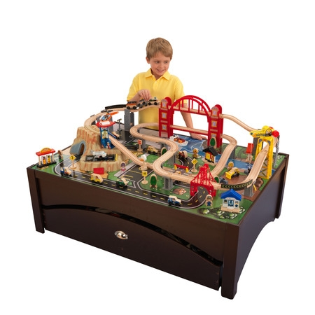 Train Set Santa - KidKraft Metropolis Train Set & Table with 100 accessories included