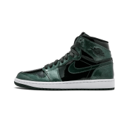 1cc45ce094ec70 Nike Jordan Men s Air Jordan 1 Retro High Basketball Shoe