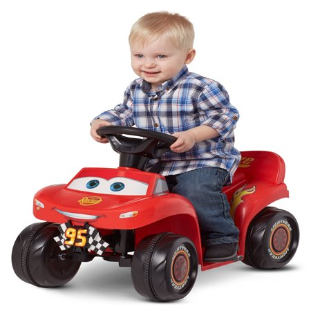 - 6V Cars 3 Lightning McQueen Quad, Red (Styles May Vary)
