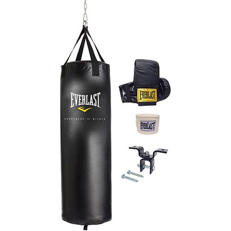 Heavy Bag Training (Everlast 70 lbs. Heavy Bag Kit )