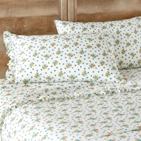 The Pioneer Woman Ditsy Floral Ruffle Queen Sheet Set
