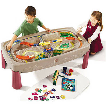 Train Set Santa - Step2 Deluxe Canyon Road Train & Track Table with Train Set