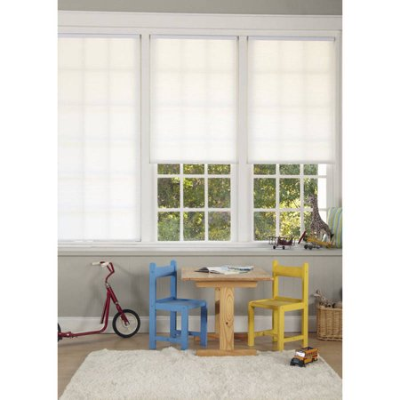 Regal Estate Cordless Pleated Light Filtering Shade, White 0.375' Single Cellular Shades