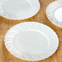 Efavormart Flaired Round BPA Free Disposable Plastic Plate  Dinner Plates for Wedding Party Banquet Events Decoration