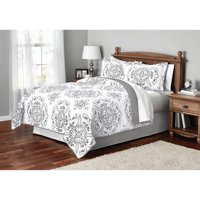 Mainstays Classic Leaf Damask Patterned Quilt, Full/Queen, Gray