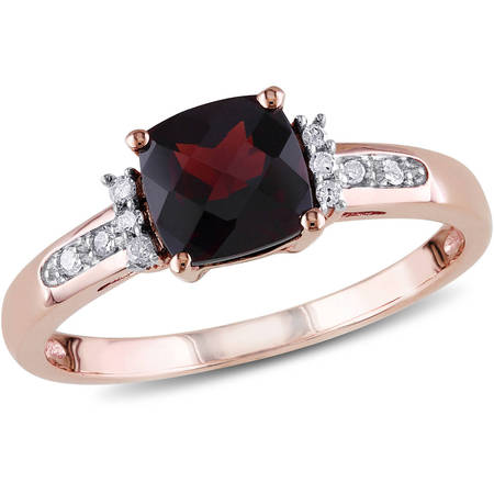 1-1/3 Carat T.G.W. Garnet and Diamond-Accent 10kt Rose Gold Cocktail Ring