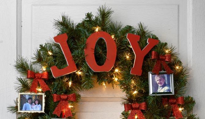 Christmas Wreath Ideas.Holiday Wreath Ideas 5 Ways To Decorate Evergreen Wreaths
