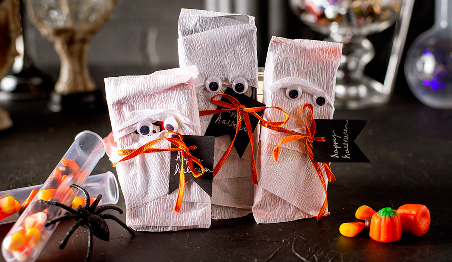 Candy bar mummy candy craft