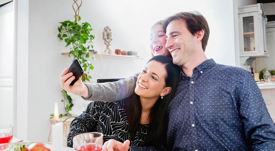 Shop Straight Talk Phones & Plans