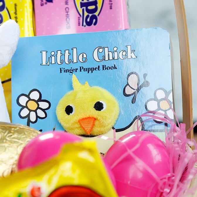 Little Chick Finger Puppet Book