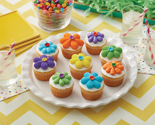 How To Make Flower Power Cupcakes
