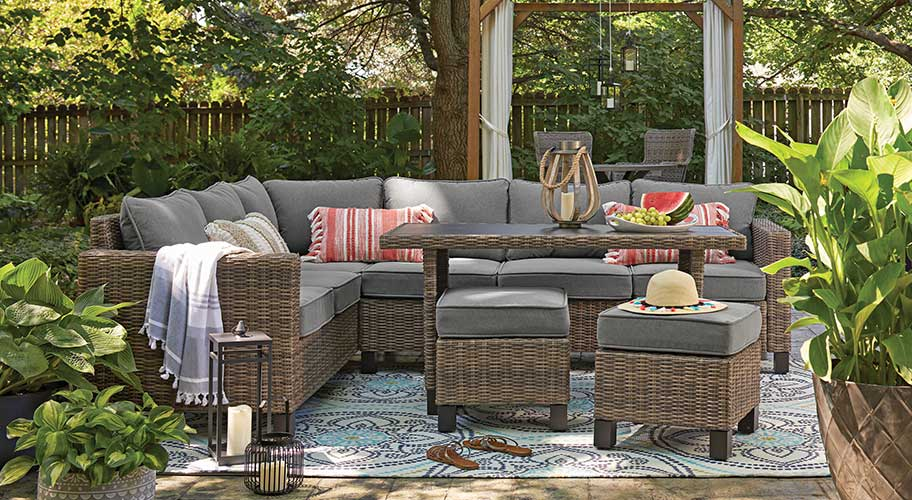 First Comes Spring Then Outdoor Entertaining Get