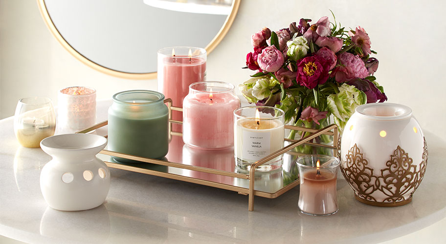 Scents Of Spring. Beautiful Candles, Wax Warmers And Diffusers In The  Fragrances And Colors